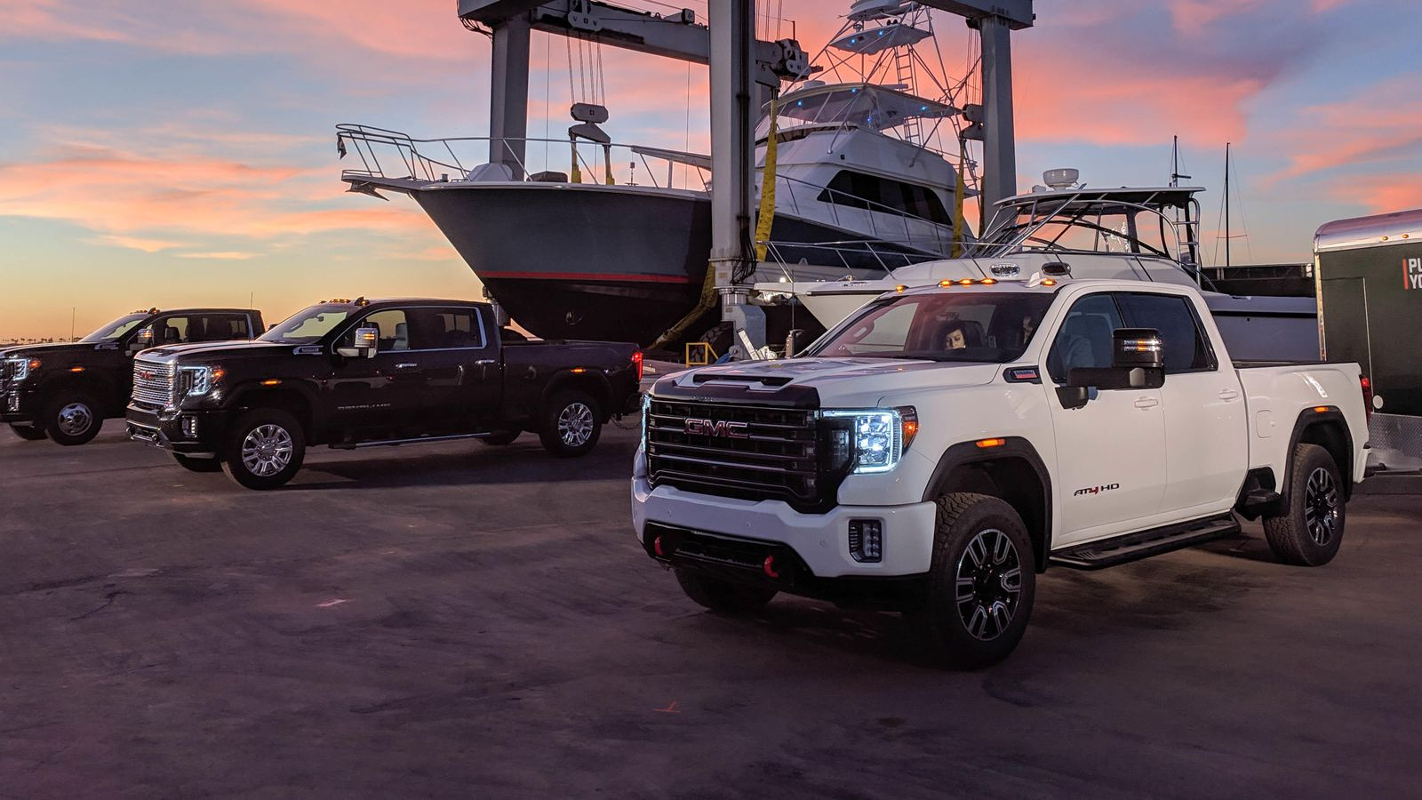 2020 Gmc Sierra Hd Tows 30,000 Pounds, Has X-Ray Camera Tech 2020 Gmc 2500 Build And Price